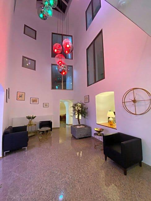 lobby-IMG_4266_large